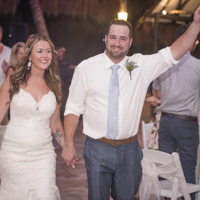 Amanda&Kevin_Wedding_Mexico_DanGarrityMedia_113