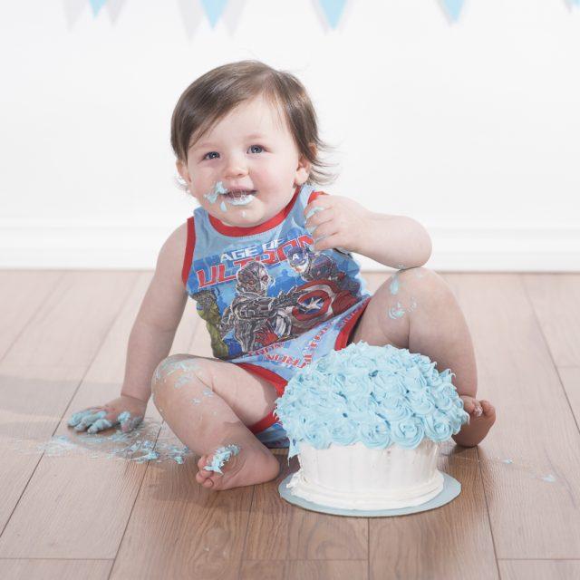 CakeSmash_ThunderBay_DanGarrityMedia_10