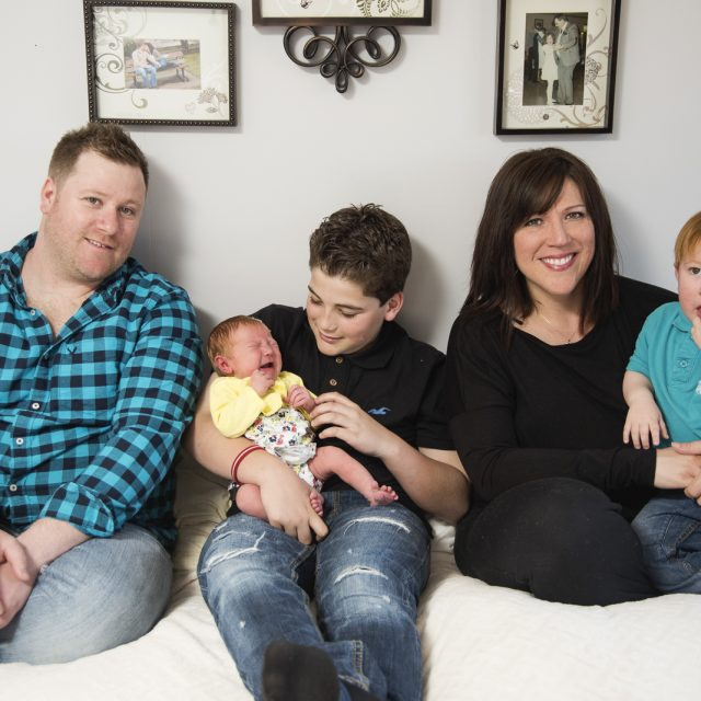 Lifestyle_Newborn_Photography_Dan_Garrity_Media_Thunder_Bay3