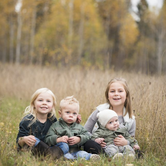 Nipigon_Fall_Family_Sessions_23