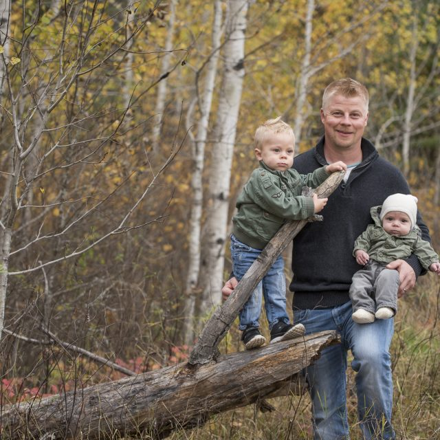 Nipigon_Fall_Family_Sessions_37