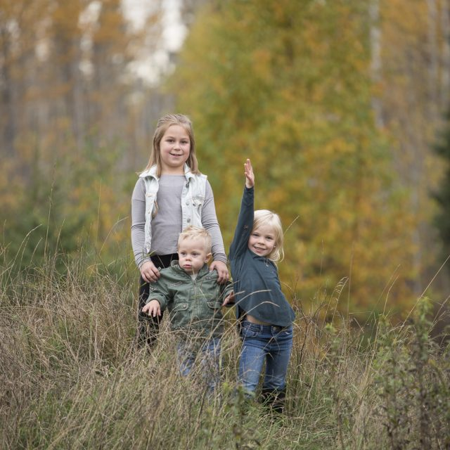 Nipigon_Fall_Family_Sessions_41