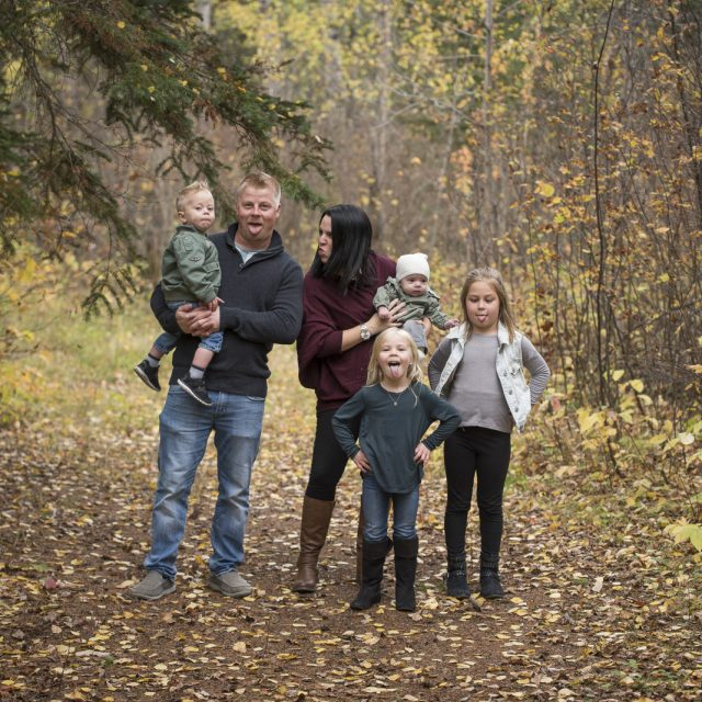 Nipigon_Fall_Family_Sessions_44