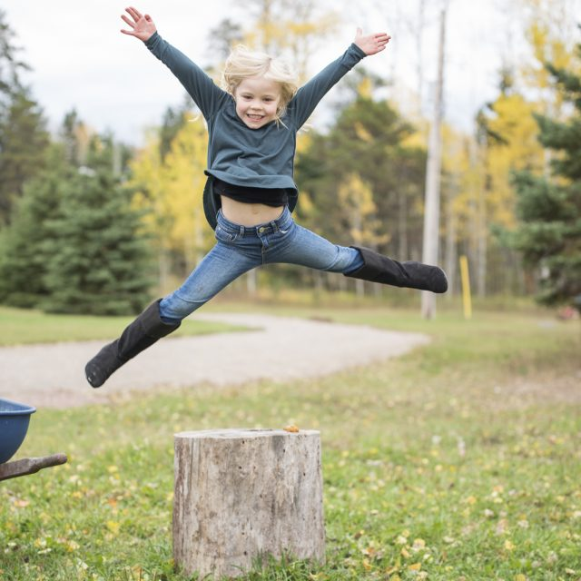 Nipigon_Fall_Family_Sessions_54