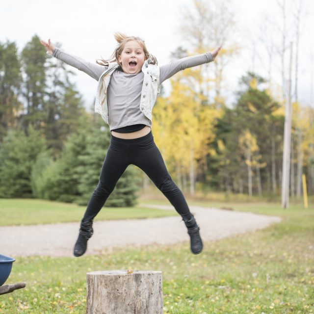 Nipigon_Fall_Family_Sessions_55