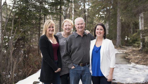 Cross Family Photography Centennial Park Thunder Bay Dan Garrity Media