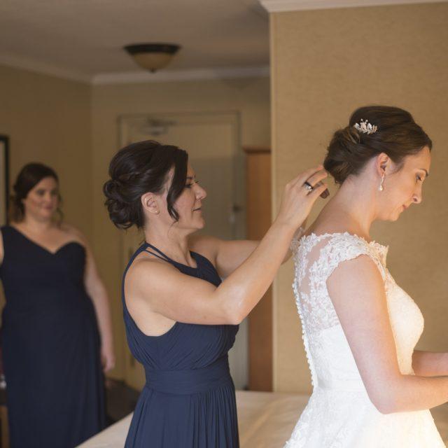 Nicole&ANdrew_WeddingDanGarrityMedia_010