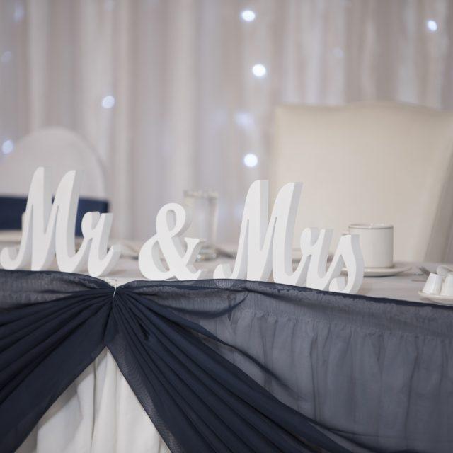 Nicole&ANdrew_WeddingDanGarrityMedia_255