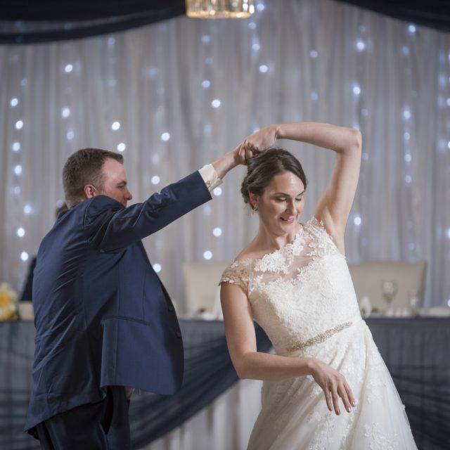 Nicole&ANdrew_WeddingDanGarrityMedia_334