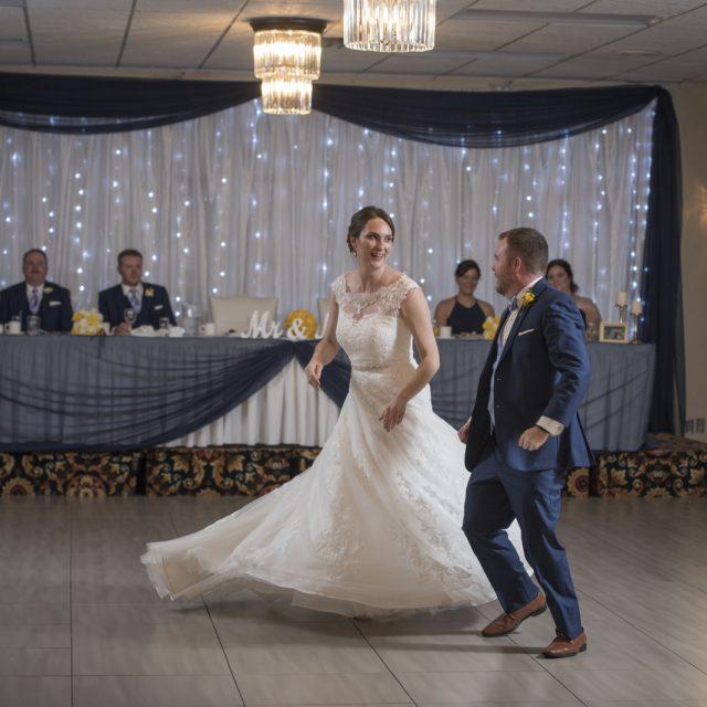Nicole&ANdrew_WeddingDanGarrityMedia_382